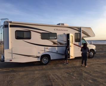 2011 Thor Chateau Motorcoach 25C