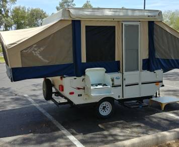 2008 Forest River - Flagstaff - Pop Up Camper / Tent Trailer / Folding Trailer