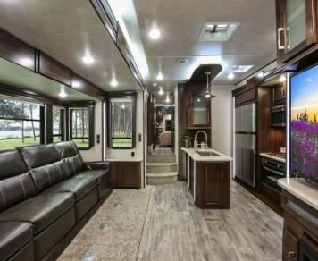 2017 Luxury Heartland Cyclone 3611 (DELIVERED TO YOU!)