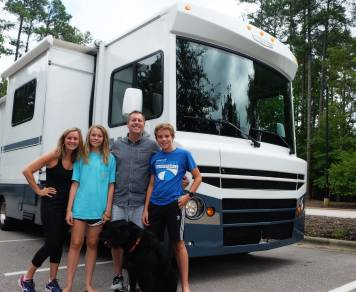 2015 2015 Itasca Tribute 31c - The Wolf Wagon