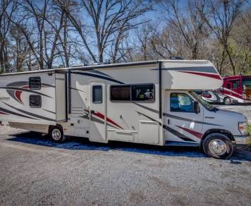 2019 Coachmen Freelander 32'