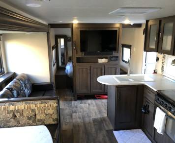2018 Forest River Wildwood Xlite 273QBX