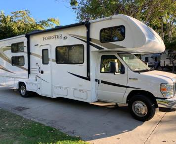 2017 FORESTER • BEAUTIFUL FAMILY RV WITH BUNKS FOR THE KIDS • LIKE NEW CONDITION • GREAT MPG/EASY DRIVE • DELIVERY AVAILABLE