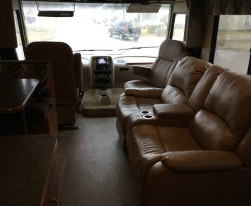 2016 Winnebago Sun Star