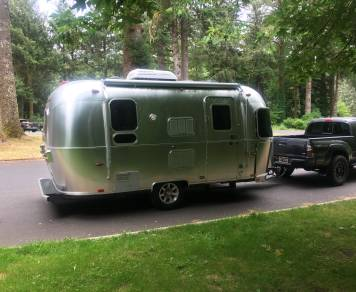 2015 Airstream Flying Cloud 19'