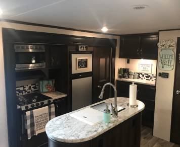 2018 Jayco JayFlight 33RBTS with private Bunk House 37'