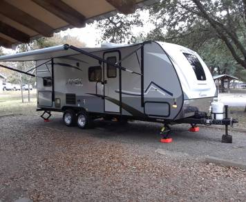 2019 Bob's 2019 Coachmen Apex Nano 208bhs Dripping Springs / Austin