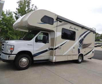 2017 Thor Four Winds 24F