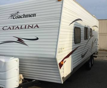 2010 Coachman by Forest River Catalina 22FB