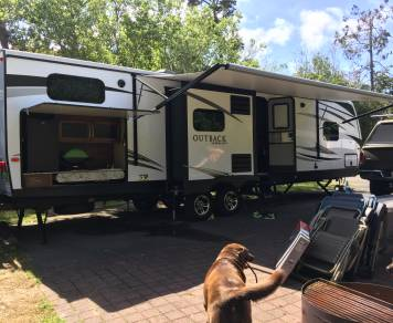 2017 Outback 325 BH