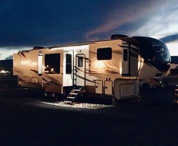 2018 Keystone Alpine 3660FL