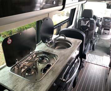 2016 Airstream Lounge EXT