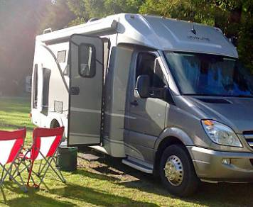 2014 Leisure Travel Van Unity MB