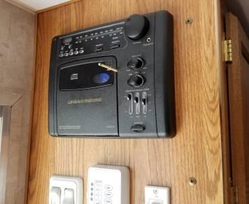 2006 Pioneer 210CKS