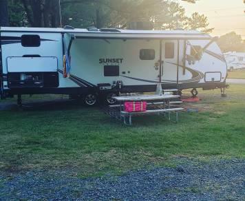 2019 Crossroads Sunset Trail Super Lite bunk house