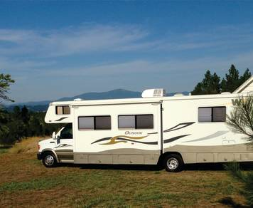 2008 Winnebago Outlook 31 (DELIVERED)