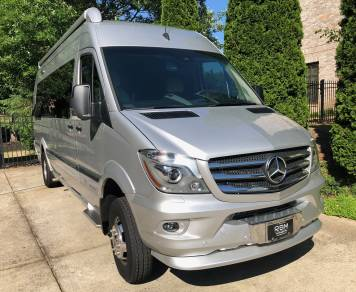 2018 Airstream 4X4 Grand Tour EXT