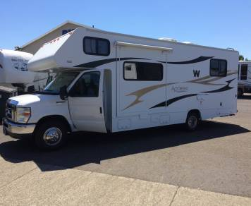 2011 Winnebago Access