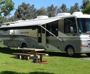2003 Fleetwood Pace Arrow 37A