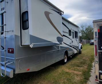 2006 Chevy Chateau