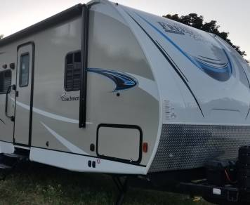 2019 Coachman Freedom express ultra lite