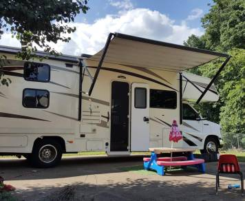2016 31f bunkhouse Coachmen Freelander