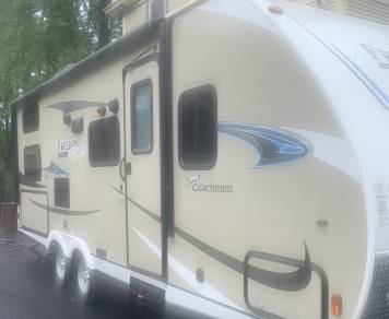 2019 Coachmen Freedom express select 23.9bh
