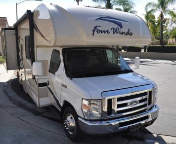 2018 NEW Thor Four Winds 30D Bunkhouse