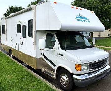 2005 Four Winds RV Chateau 31P