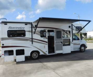 2016 Sunseeker by Forest River - Camp Ready