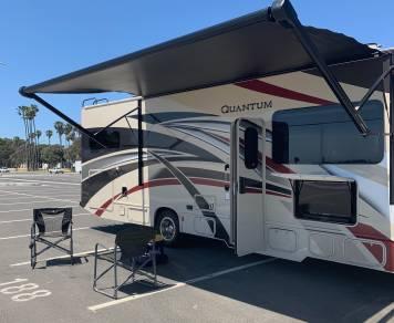 2019 Thor Motor Coach F131
