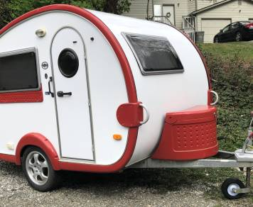 2008 Red & White T@b Teardrop Camper Trailer 2008