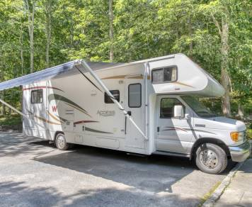 2008 Winnebago Access 31C