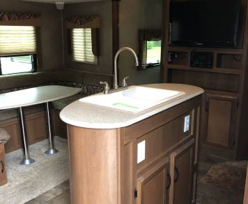 2015 CoachMan Freedom Express