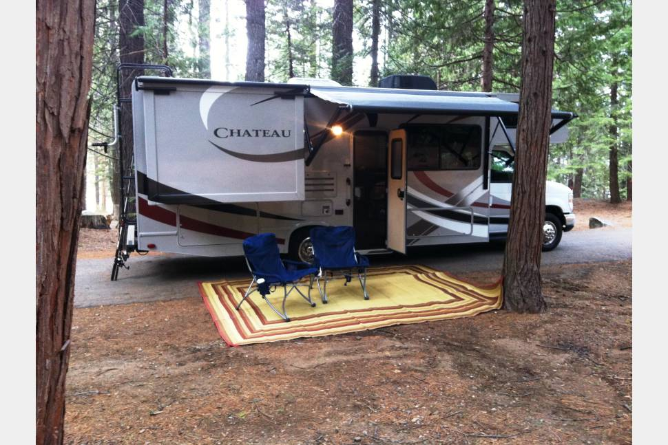 2014 Thor Motor Coach Chateau Rv Rental In Coarsegold Ca