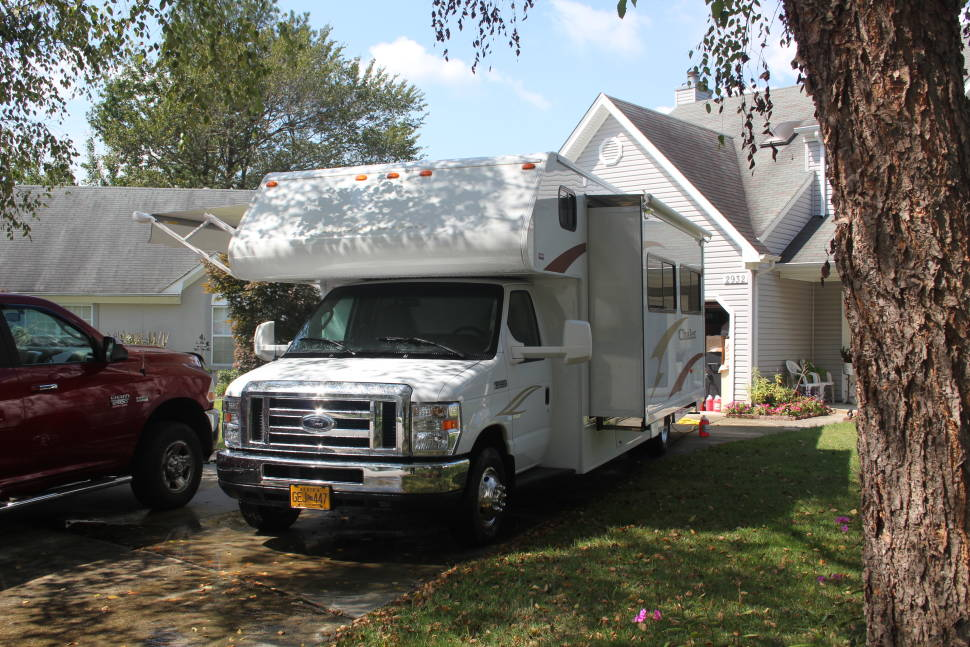 2012 Winnebago Chalet Rv Rental In Virginia Beach Va
