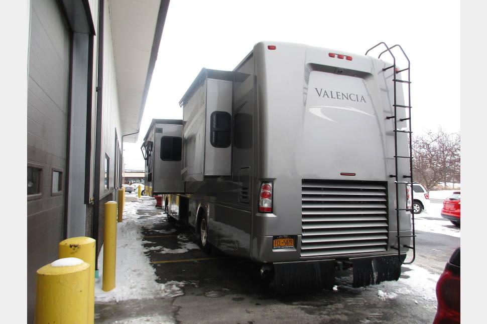 Rv Dallas Premier Motorhome Rentals Autos Post