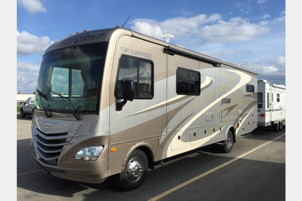 Elegant 2015 FleetwoodStorm 32H RV Rental In HendersonLas Vegas