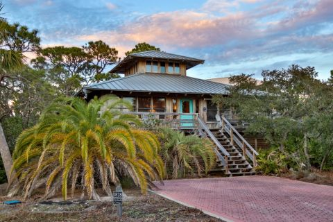 Gratitude Cottage, vacation rental in St. George Island, Cottage Rental, 3 bedroom 2 bathroom and sleeps 8