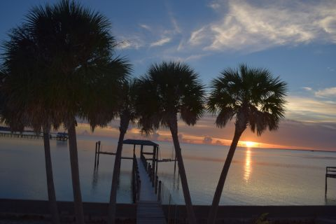 Sunset Retreat, vacation rental in St. George Island, House Rental, 2 bedroom 2 bathroom and sleeps 6