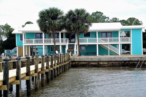 My Point of View, vacation rental in St. George Island, House Rental, 4 bedroom 3 bathroom and sleeps 8