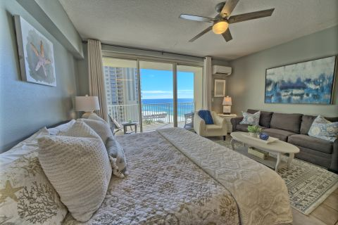Studio Suite 906 in Panama City Beach - Sleeps 4! Gulf front!