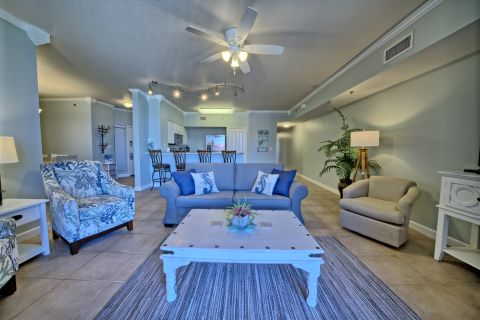 4BR 3BA Condo in Shores of Panama