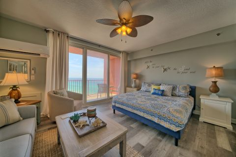Luxurious Studio Suite at Shores of Panama Resort - Sleeps 4-Perfect for small families and couples!