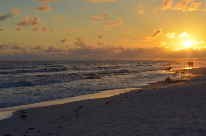 Enjoy the unforgettable sunsets of Destin Florida