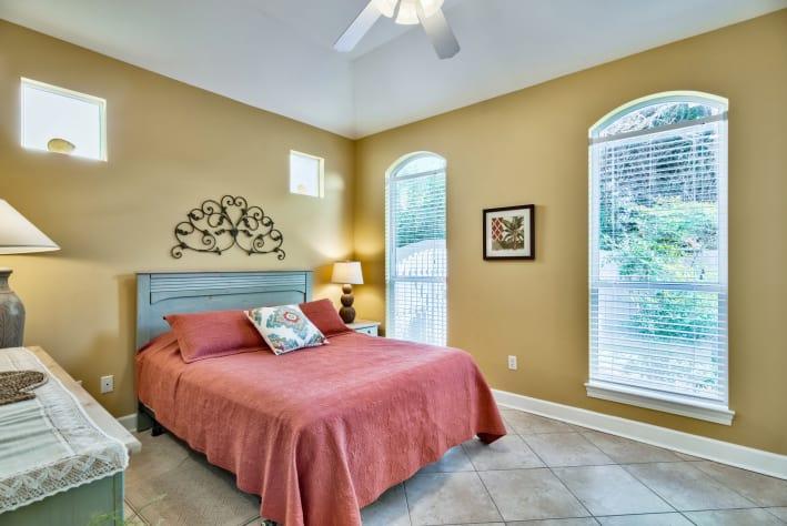 Large Queen bedroom with flat screen TV