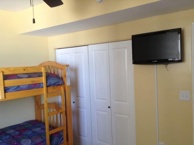 TV in 3rd Bedroom