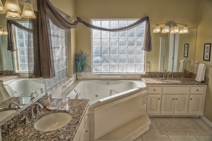 Newly renovated Master Bath with Jetted tub