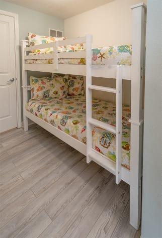 Bunk bed nook
