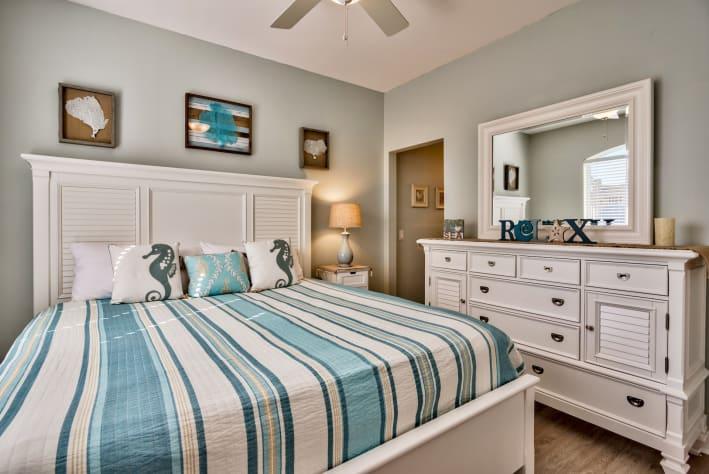 2nd King Bedroom with ensuite Jack N Jill bathroom